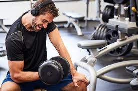 What to Do for Neck Pain When Lifting Weights | Injured Call Today